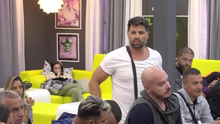 NERVIRA ME, IMA 115 KILA: Sani Trik FX pred svima ISPROZIVAO Mirka Gavrića, pa progovorio o njegovim PRIVATNIM PROBLEMIMA (VIDEO)