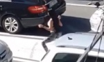NESVAKIDAŠNjA SCENA TOKOM PROTESTA TAKSISTA: Dok se Beograđani nerviraju zbog blokade ulica, devojka tverkuje (VIDEO)