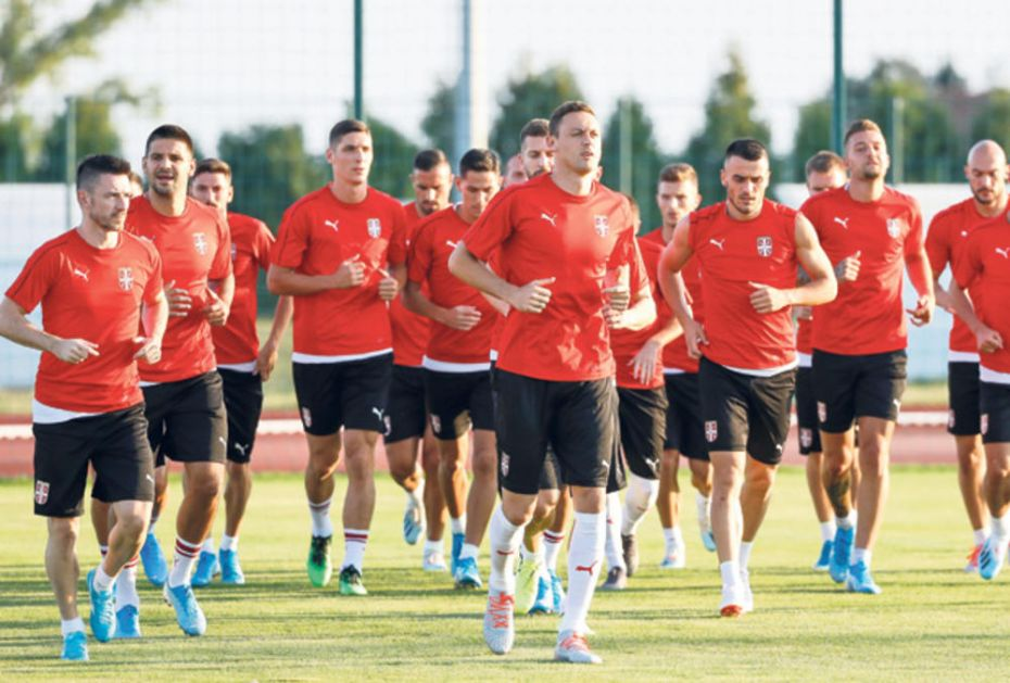 NEVEROVATNO! Dres Srbije nosilo 45 igrača za godinu dana, a nemamo tim!