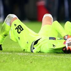 NEVIĐENO: Milan Borjan PRIMIO gol sa pola terena (VIDEO)