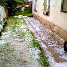 NEVREME OPUSTOŠILO MRČAJEVCE: Nakon obilnih padavina, GRAD I DANAS TUČE (FOTO)