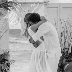 NEZAPAMĆENA TRAGEDIJA: Poznati pevač (23) stradao UŽASNOM SMRĆU u hotelu samo 2 nedelje nakon svadbe