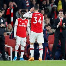 NIJE SAMO ODUZIMANJE TRAKE: Arsenal spremio BRUTALNU kaznu za PROVOKATORA Džaku!