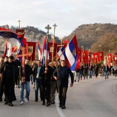 NIKO KOD KUĆE NIJE OSTAO: Neverovatna nedelja u Crnoj Gori, SVI SU NA ULICAMA! 40.000 vernika oborio rekorde!