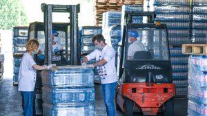 NIS donira 33 hiljade litara pijaće vode Ivanjici i Blacu