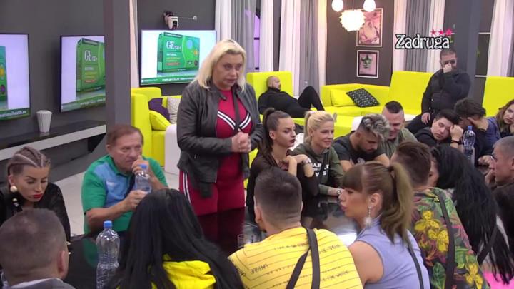 NISAM NI ZA VEZU, NI ZA DETE: Marija Kulić osula paljbu po Zoli, pa otkrila šta joj najviše smeta kod ćerkinog dečka! (VIDEO)
