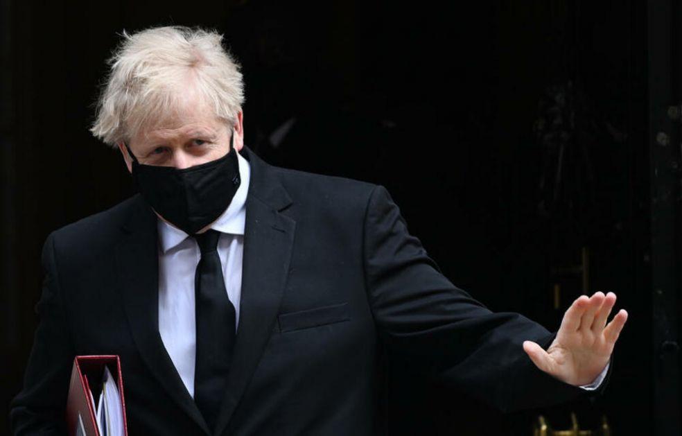 NIŠTA OD UKIDANJA KARANTINA U BRITANIJI: Džonson nije nimalo sunarodnike, evo kada se slabljenje mera očekuje