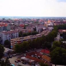 NIŽU SE PORAZI KORONE, SRBIJA KORAK BLIŽE POBEDI: Ukinuta vanredna situacija u još jednom gradu