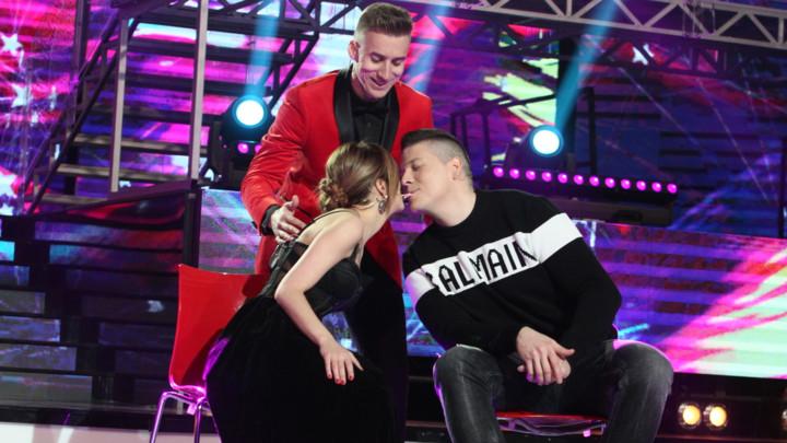 NJEMU JE POŠLO ZA RUKOM ONO ŠTO NIKOME NIJE! U trećoj epizodi Pinkovih zvezda - All Talents pao poljubac između Kije i Slobe i to ZBOG NJEGA! (VIDEO)