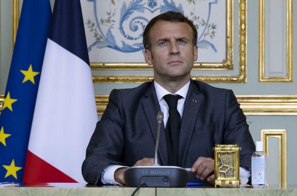 NOVA KNJIGA O MAKRONU OTKRIVA: On uopšte ne vlada Francuskom, već ova žena