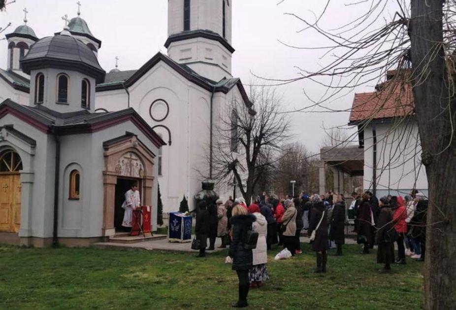 NOVE ODLUKE VLADE: Preporučeno crkvama u Srbiji da obrede obavljaju bez prisustva vernika!