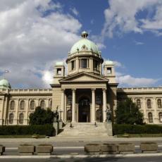 NOVE TEME NA STOLU: Zakazana sednica Skupštine Srbije za danas