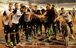NOVI GOLMAN PUTUJE SA CRNO-BELIMA U SLOVAČKU, ALI PONOVO NEMA SUME: Partizan nastavlja borbu za Ligu konferencija!