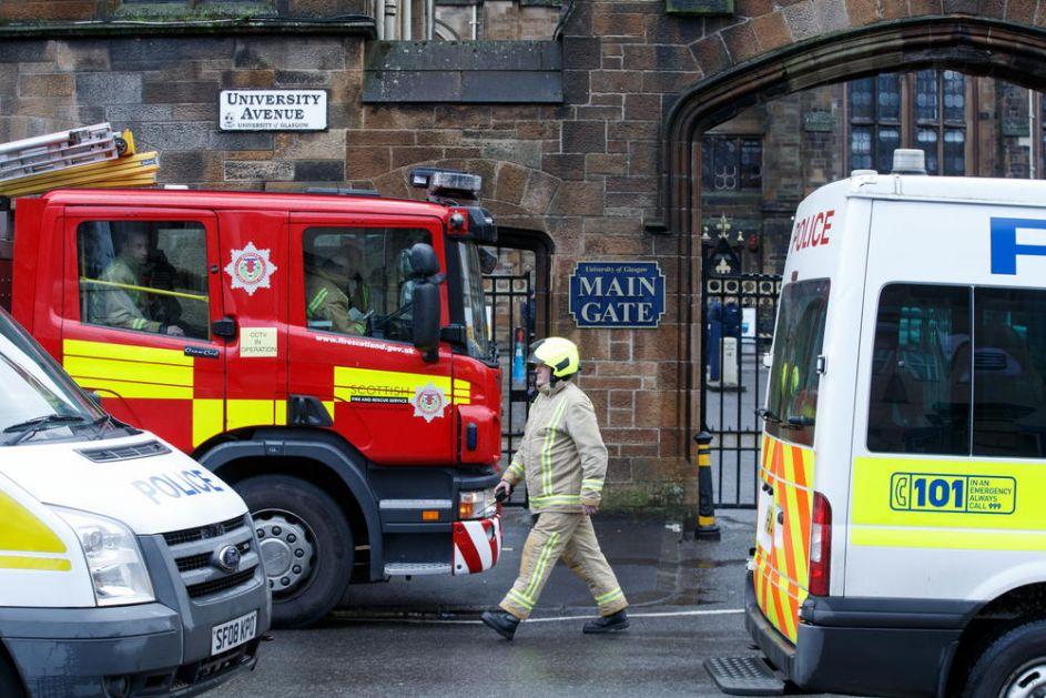 NOVI KAMION SMRTI U BRITANIJI: Policija zaustavila vozilo u Kentu, u prikolici nađeno 9 osoba!