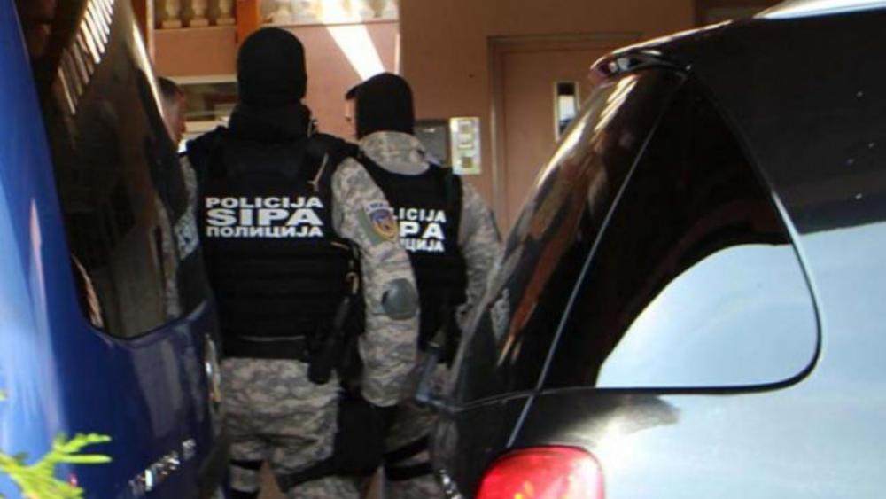NOVI SKANDAL U BIH: Radnici državne institucije uhvaćeni u reketiranju slobodno se vratili na posao