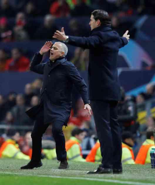 NOVI SKANDAL ŽOZEA MURINJA: Pogledajte kako je trener Mančester junajteda divljao posle gola Felainija u 91. minutu (VIDEO)