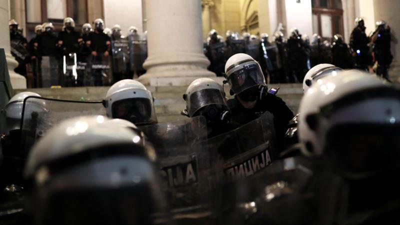 NVO: Politička kriza i urušavanje poverenja u institucije, EU da insistira na osnovnim vrednostima