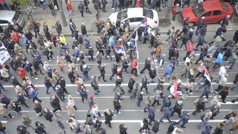 NVO traži od vlasti dijalog: Zašto je Srbija hibridni režim?
