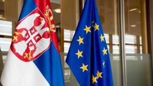NVO u otvorenom pismu upozoravaju EU na krizu demokratije u Srbiji