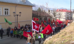Na Cetinju se vijorila albanska zastava i pevale se ustaške pesme: Crnogorski nacionalisti podržali otimanje svetinja SPC (FOTO/VIDEO)