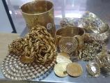 Na Gradini sprečen šverc zlata i cigareta