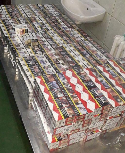 Na Gradini zaplenjeno 12.000 paklica cigareta