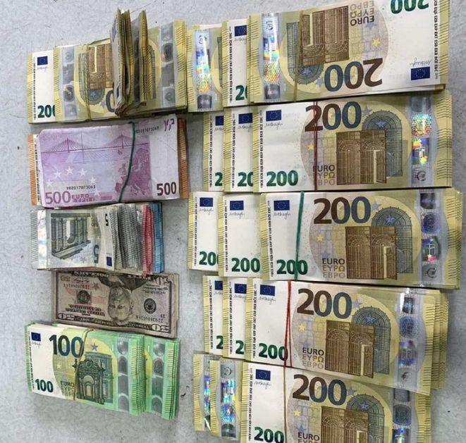Na Horgošu sprečeno krijumčarenje - preko 170.000 evra ušiveno u postavu prsluka