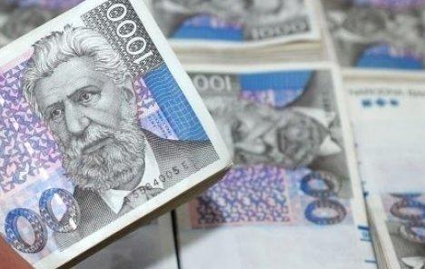 Na godišnjoj razini usporio pad kredita u Hrvatskoj