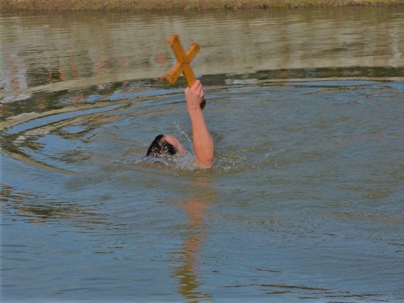 Na jugu za Časni krst plivaju u Nišu, Svrljigu, Kuršumiji, Vladičinom Hanu i na Vlasinskom jezeru