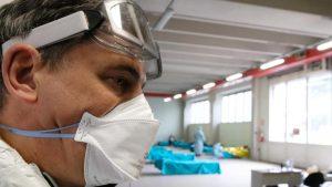 Na kovid odeljenjima u Čačku 170 pacijenata, 12 na respiratorima