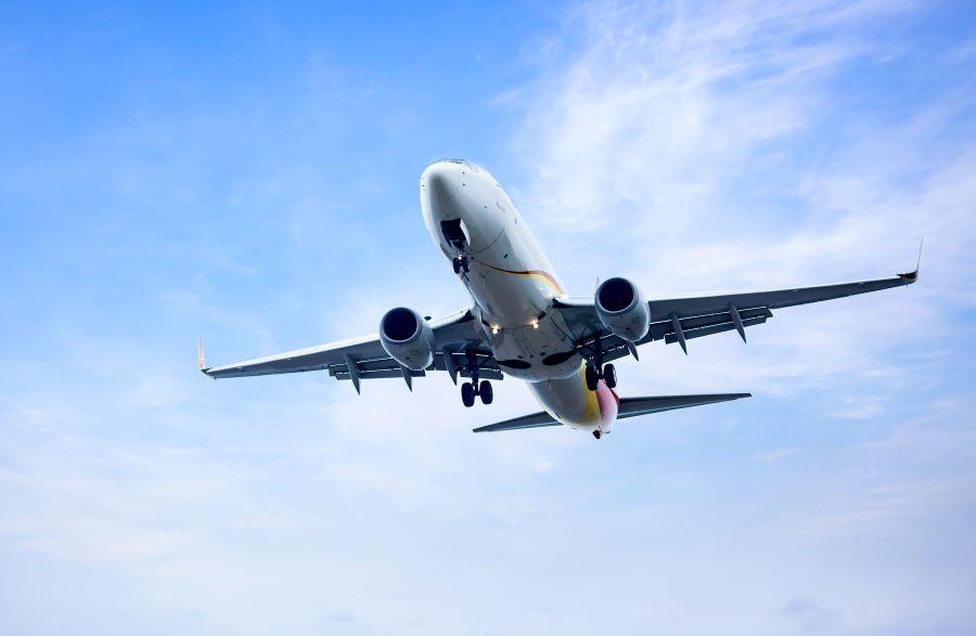 Na poslovni put avionom planira 40 odsto manje putnika