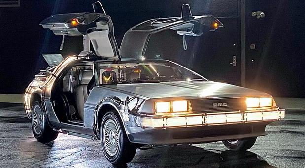Na prodaju Back To The Future replika DeLoreana