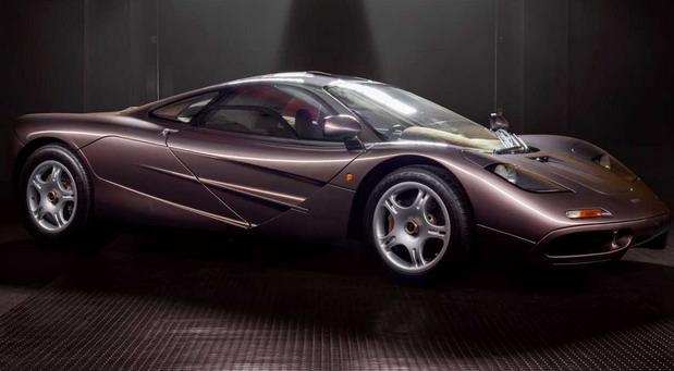 Na prodaju McLaren F1 sa samo 387 km