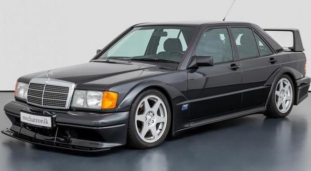 Na prodaju Mercedes-Benz 190 E 2.5-16 Evo II sa samo 13.126 km