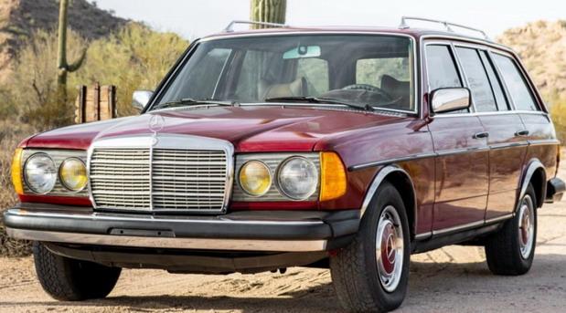 Na prodaju Mercedes W123 300TD iz 1979. sa 1,25 miliona km