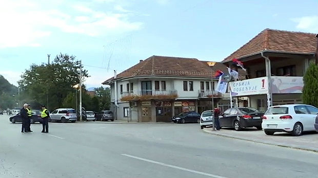 Na severu Kosova i Metohije mirno, Srbi se povukli sa barikada