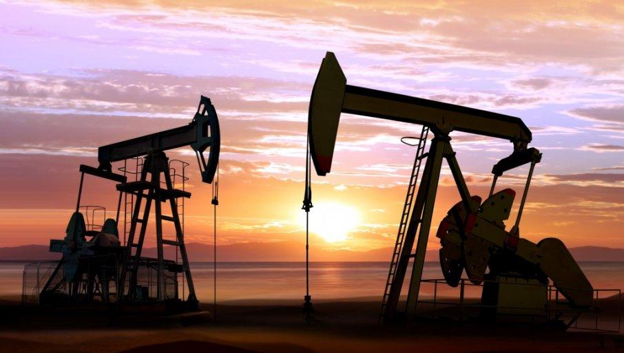Nafta skuplja za pet procenata