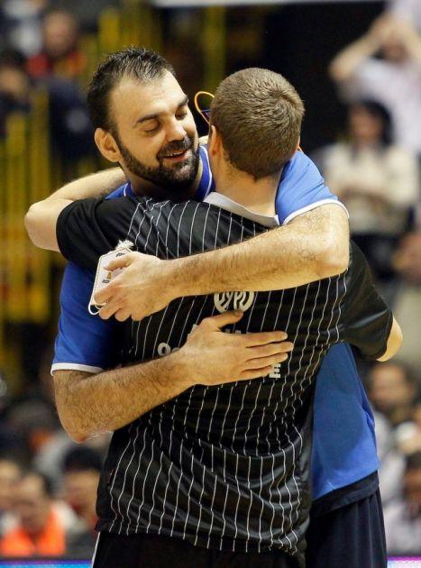 Najbolji tim ABA lige i Evrokupa dobio je srednji prst! FOTO