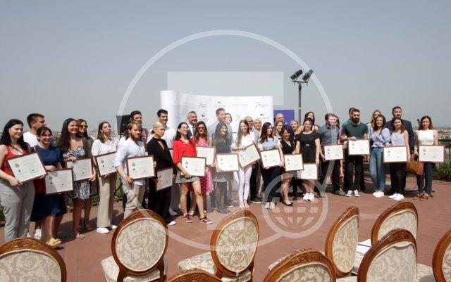 Najboljima studentima u Novom Sadu 469 stipendija (AUDIO)