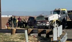 Najmanje 13 osoba poginulo u saobraćajnoj nesreći blizu američko-meksičke granice (VIDEO)