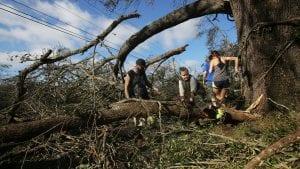 Najmanje 17 mrtvih u naletu uragana Majkl