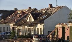Najmanje troje poginulih i skoro 200 povredjenih u tornadu na jugu Češke (VIDEO)