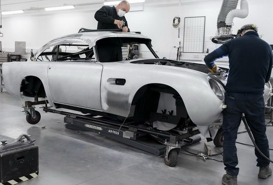 Najpoznatiji auto Džejmsa Bonda se opet proizvodi