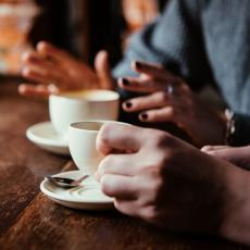 Najveći NEPRIJATELJI ZDRAVIH ZUBA nisu kafa i gazirani sokovi: Jedan ZDRAV napitak UNIŠTAVA zube!