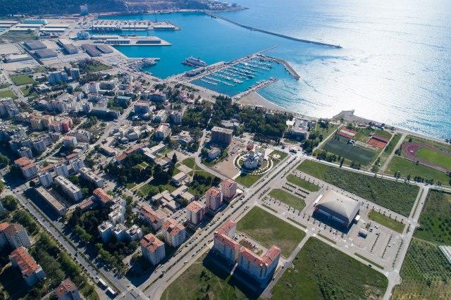 Najveći kupci nekretnina u Crnoj Gori Rusi i Srbi