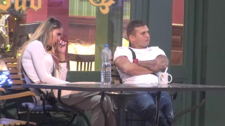 Nakon što je sa celim svetom podelila svoju POTRESNU ISPOVEST, Iva GRCALA U SUZAMA, Stefan Karić činio sve kako bi je utešio! (VIDEO)