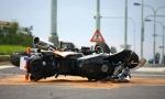 Naleteo motorom na automobil: Mladić kritično, nalazi se u komatoznom stanju