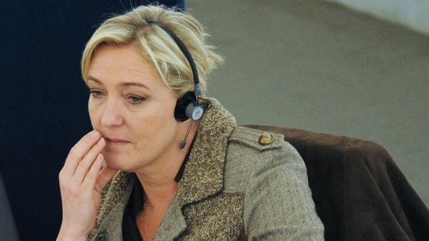 Naloženo psihijatrijsko veštačenje za Marin le Pen