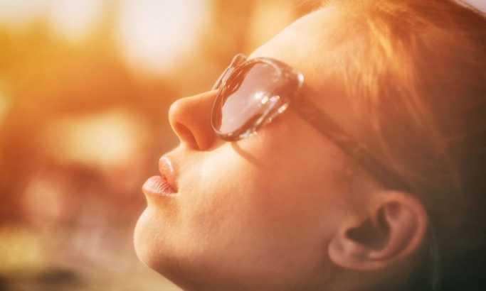 Naočare za sunce imaju rok trajanja: Evo kada bi trebalo da ih zamenite jer mogu ozbiljno da vam ugroze zdravlje