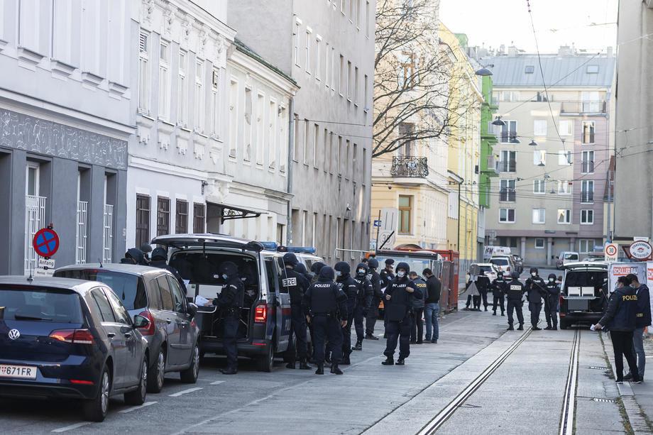 Napadač u Austriji pucao sam ali uz podršku islamista